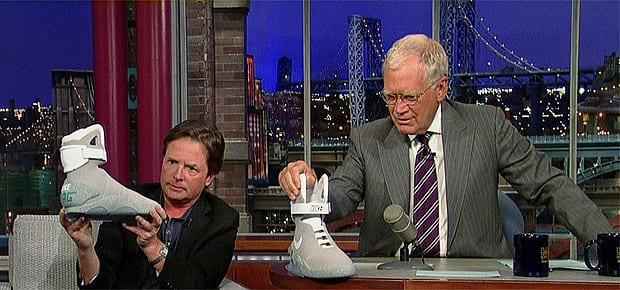 Apenas 1.500 pares do tênis De volta para o futuro estão a venda, veja Michael J Fox na campanha