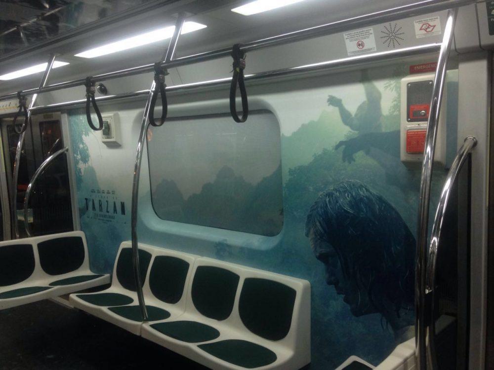 A Lenda de Tarzan | Cenas do filme invadem metrô de São Paulo