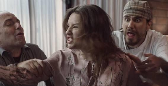 """Personagem de Kéfera dá chilique em cena de """"Gosto Se Discute"""""""