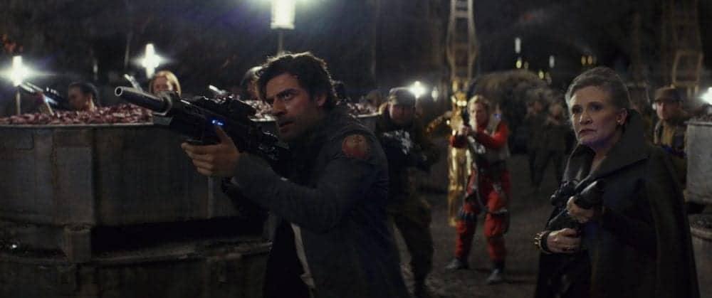 Oscar Isaac revela que Carrie Fisher receberá honras em Star Wars IX