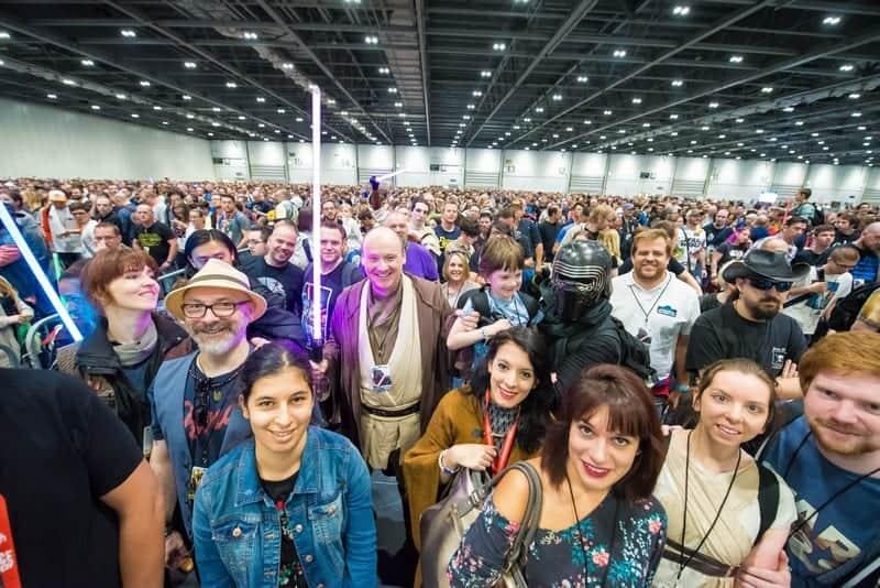 Evento Star Wars Celebration reúne fans, produção e elenco da saga em Chicago