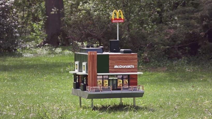 McDonald's abre o menor restaurante do mundo para abelhas