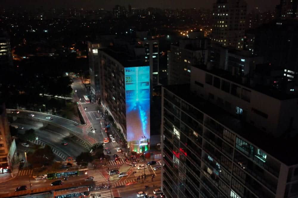 Confira imagens da invasão de Godzilla, Mothra, Rodan e Ghidorah em São Paulo