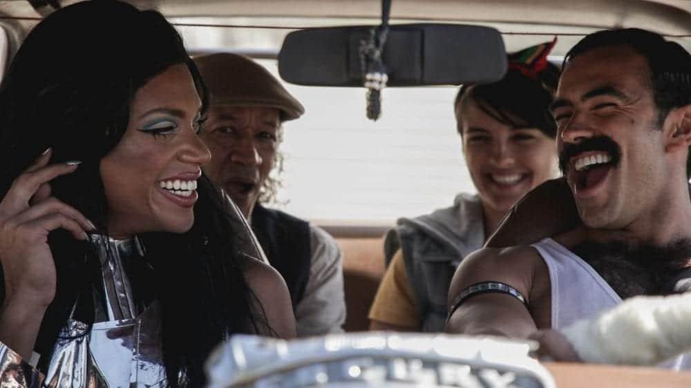 """Telecine mostra que todo mundo ama Queen com um """"Car-a-Oke"""" original"""