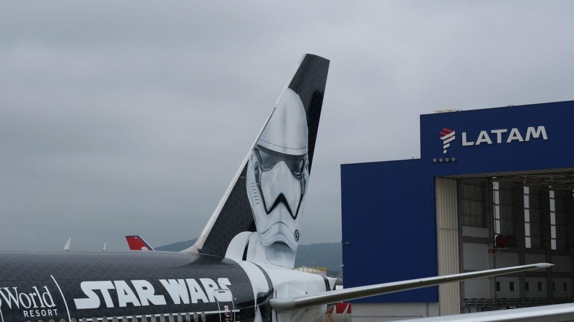 """""""Stormtrooper Plane"""" da LATAM chega ao Brasil"""