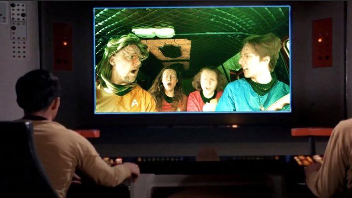 Qapla'! | Amigos lançam versão de Bohemian Rhapsody em Klingon at home, e ficou show!