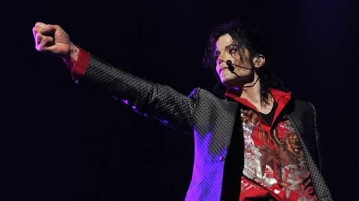 """Fãs poderão matar a saudade do rei do pop na exibição de """"Michael Jackson's This is It"""" no Film & Arts"""