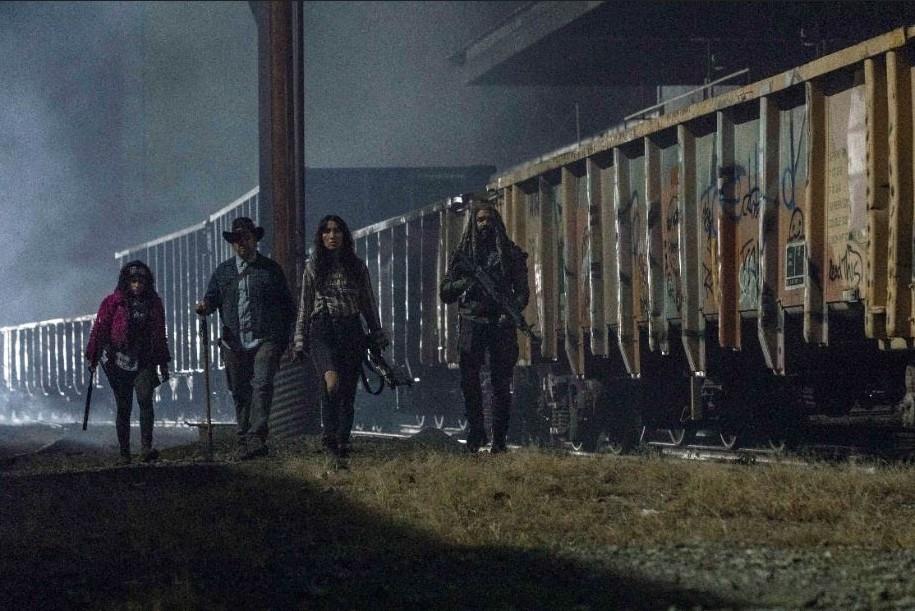 [STAR] THE WALKING DEAD – Gabriel e Aaron buscam comida para Alexandria no próximo episódio de TWD